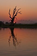 Amarapura sunset - Myanmar photo by David Michel