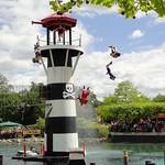 Everyone dives off<br/>09 Jun 2012