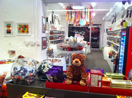 How did we not know about deweys candy shop in dumbo? all your childhood candy!