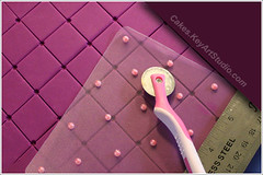 DIY Impression Mat - Fondant Diamond Pattern (Quilt) Marker photo by Cakes.KeyArtStudio.com