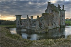 Caerlaverock Castle photo by Novantae