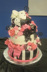 Sweet 16 Cake photo by gigiscakeboutique
