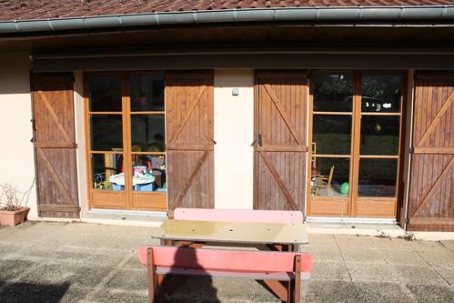 La terrasse, donnant sur la salle