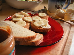 Tartine au beurre de cacahuéte et bananes