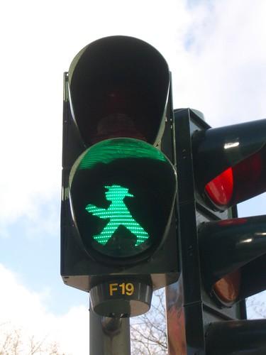 ГДРовский знак пешеходного перехода