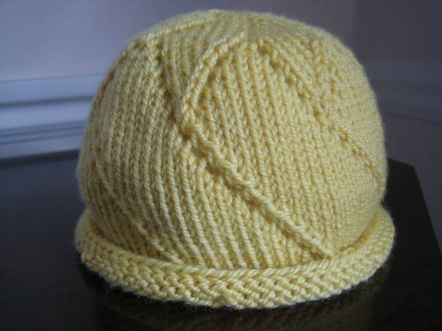 Knitting Pattern Baby Hat 12 Months : Im Knitting As Fast As I Can: Star of the Day Hat