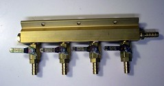 kegging equipment - 4-way manifold