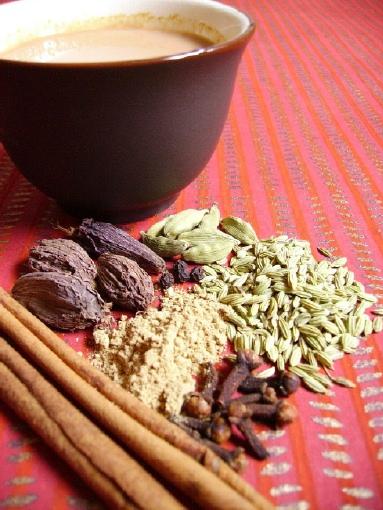 MASALA CHAI (Indian Spiced Tea) | Delicias y Variedades