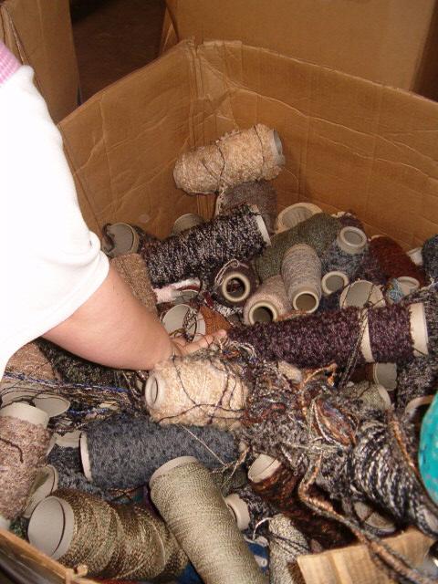 Grabbing for yarn