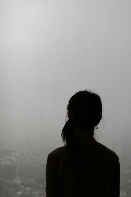 シリーズ「シルエット」-曇天の色彩-