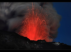 Lava Explosion - Eyjafjallajökull Eruption photo by orvaratli