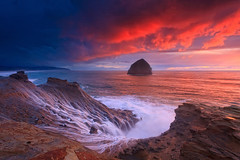 Cape Kiwanda,Pacific city,OR photo by ©Helminadia Ranford