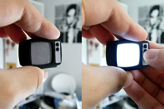 mini TV photo by -Sebastian Vargas -コスミカラー-