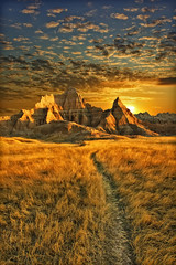 badlands sunrise - badlands national park, south dakota photo by Dan Anderson.