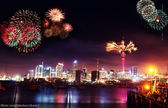 Auckland New Year's Eve Fireworks 2010 photo by Christopher Chan