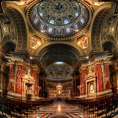 St. Stephen's Basilica - HDR photo by Filip Nystedt