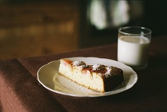 rhubarb pie photo by Liis Klammer