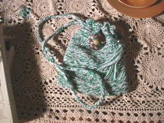 Small bag in single stitch crochet