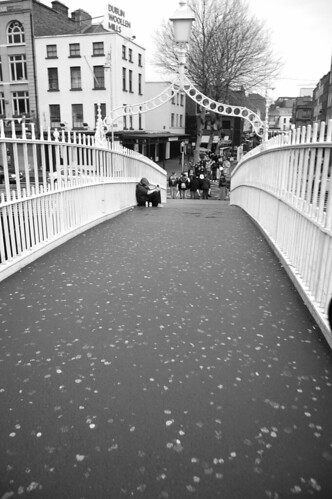 Hapenny bridge