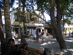 Zuzuni Beach Resort, Boracay Station 1
