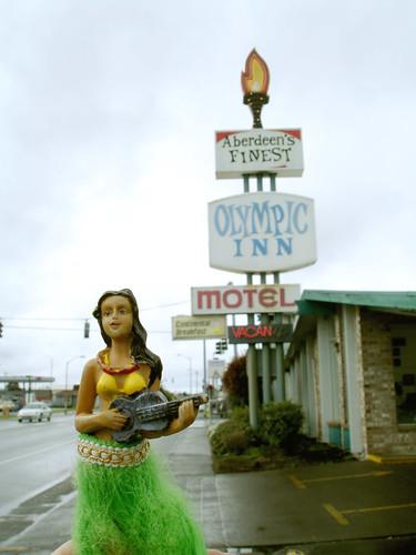 Hula Girl: Aberdeen, Washington