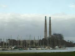Fabrik bei Moss Landing