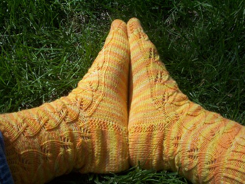 Lollygirl Embossed Leaves Socks