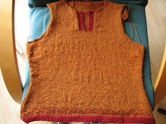 shaped pullover