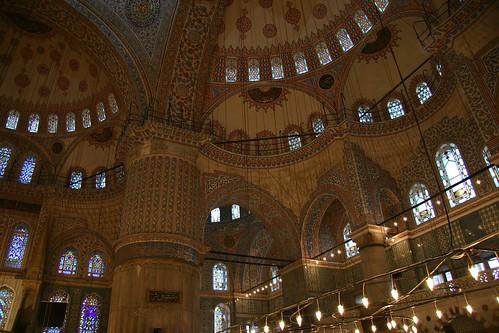 blue mosque interior 6