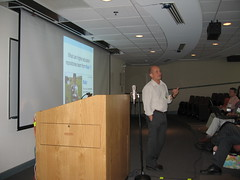 Cyrpien presents on flickr at Faculty Academy 2006