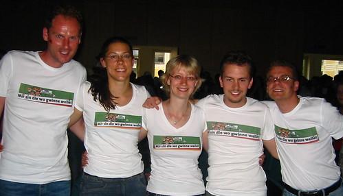 T-Shirt-Truppe vorne