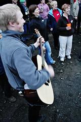 Hafþór playing guitar