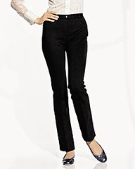 187659271 5f2fa2ab6d m Fashion Trend: the Skinny Black Pant