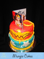 Mungie Cakes - Wonder Woman cake photo by MungieCakes