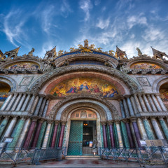 Saint Mark's Basilica - Venice  - Basilica San Marco - Facade photo by janusz l