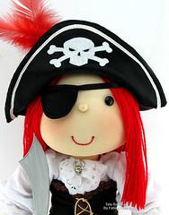 """""""Piratinha"""" photo by Tata Bonecas"""
