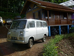 Daihatsu hijet 1968 photo by ngulik22