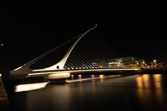 Dublin at night photo by Johnwctsang