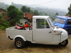 daihatsu midget deliveri photo by ngulik22