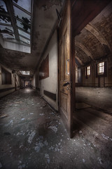 MaiN Hall FiRst RiGhT :: photo by andre govia.