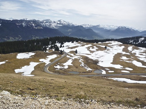 South approach of Le Semnoz