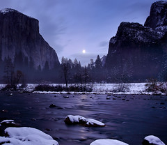 Gates of the Valley Moonrise, Yosemite National Park photo by Robin Black Photography