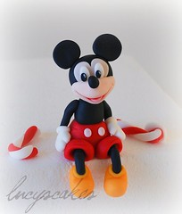 Mickey mouse club house icing cake topper photo by Lucyscakesandtoppers.co.uk