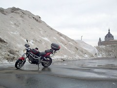 SV650 and a giant snow bank