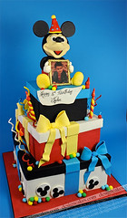 Mickey mouse cake photo by Design Cakes