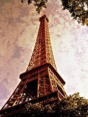 Eiffel Towered photo by Thought Knots Design