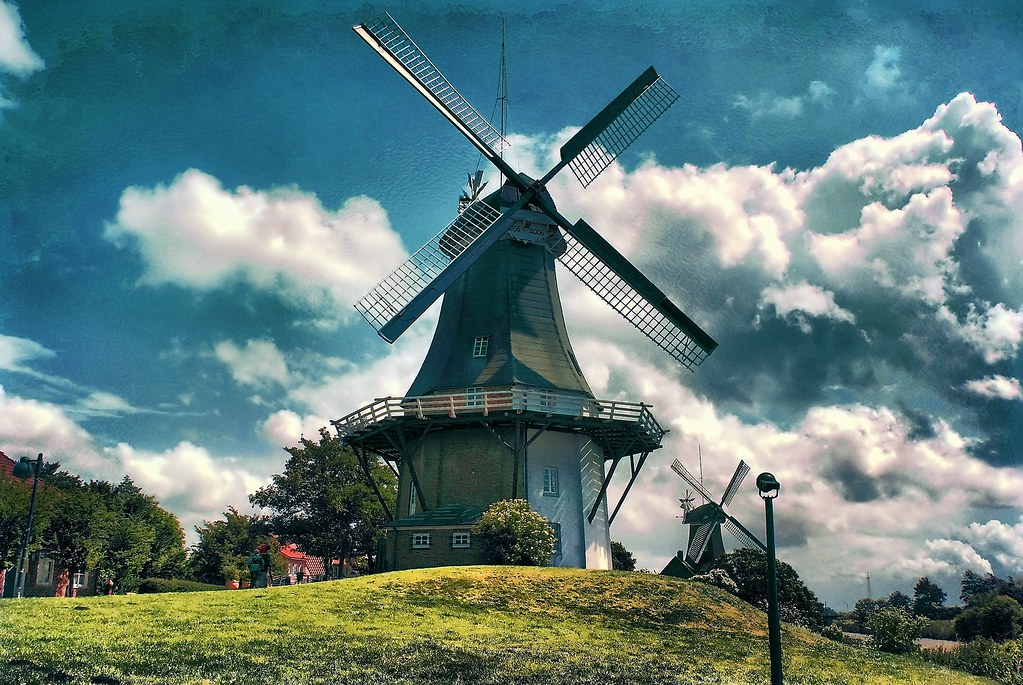 Twin-Windmills in greetsiel photo by harryja