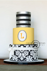 Tres Chic Baby Shower... photo by The Well Dressed Cake