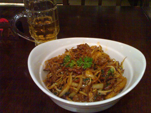 My Mongolian BBQ creation - with a Cobra beer from Bangalore