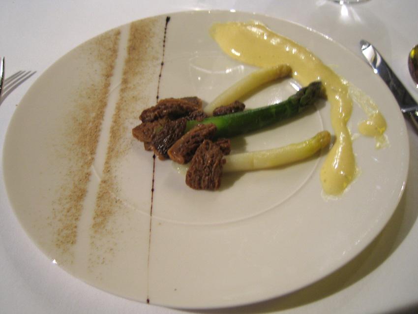 Regis Marcon - Asparagus w/ Morels, Mushroom Sauce, & Porcini Dust